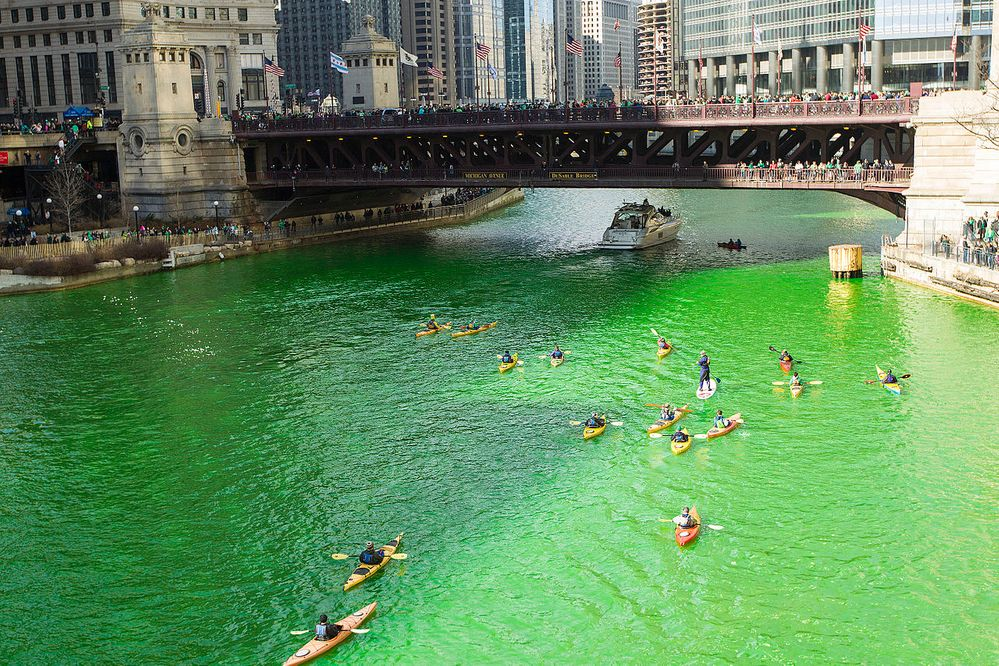 Chicago river is flowing green