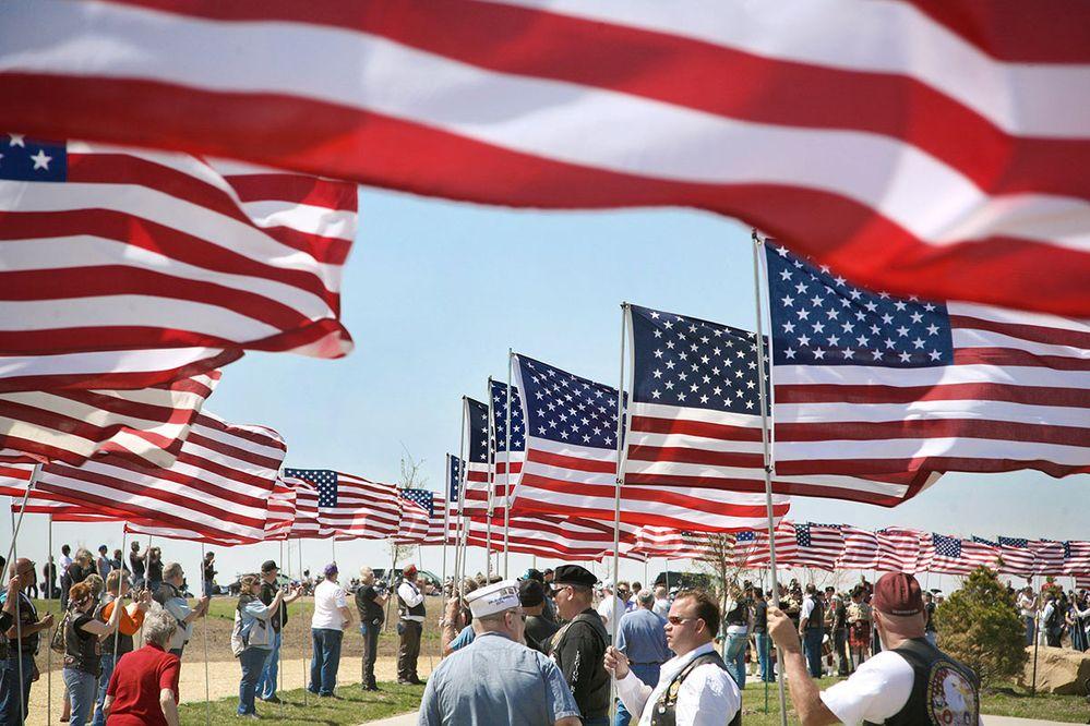 iowa-veterans-cemetery-flags.jpg