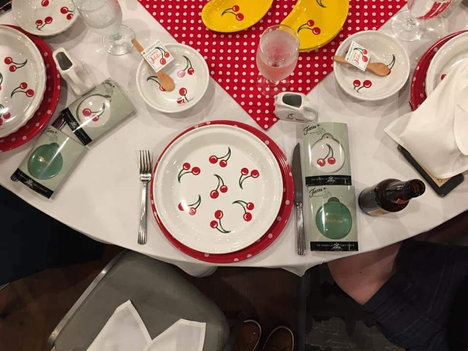 My place setting of gift item