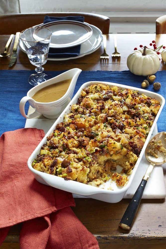 thanksgiving-side-dish-cornbread-sstuffing-1573235384.jpg