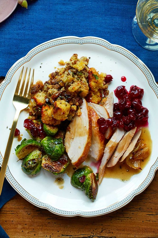 1475600001-thanksgiving-sides-plate-1116.jpg