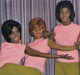 Darlene Love (center), with her group The Blossoms.