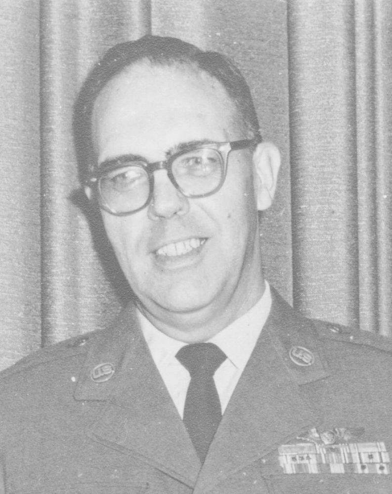 Dad's USAF retirement 2.jpg