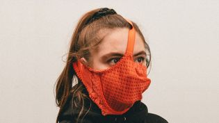 alternative-coronavirus-masks-max-siedentopf_dezeen_2364_hero.jpg
