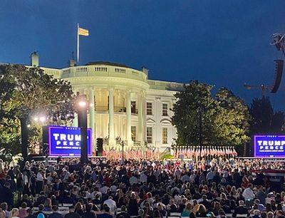 white house trump pence.jpg