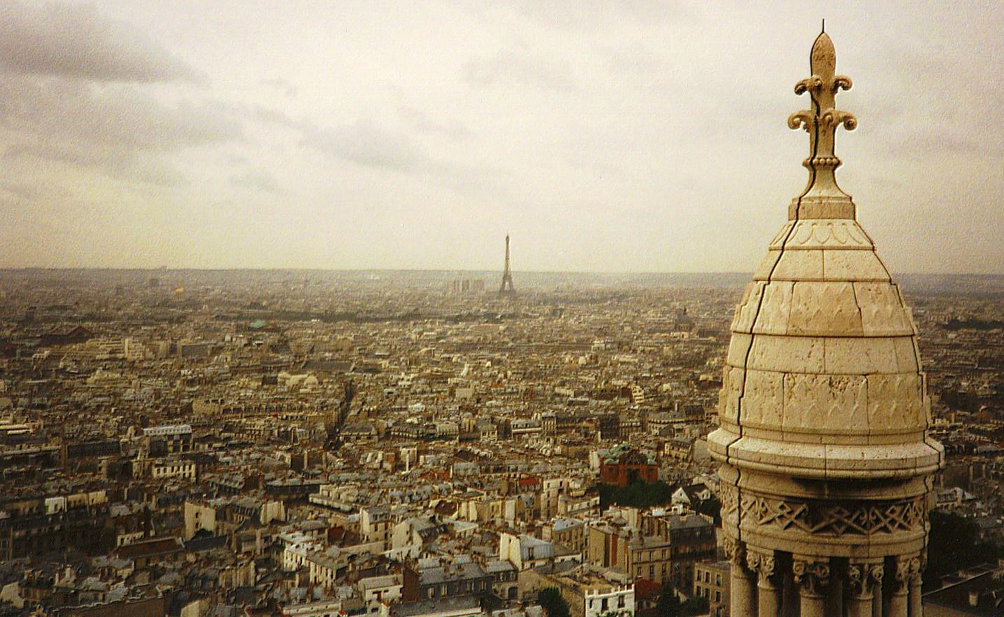 Paris view from Sacre Coeur.jpg