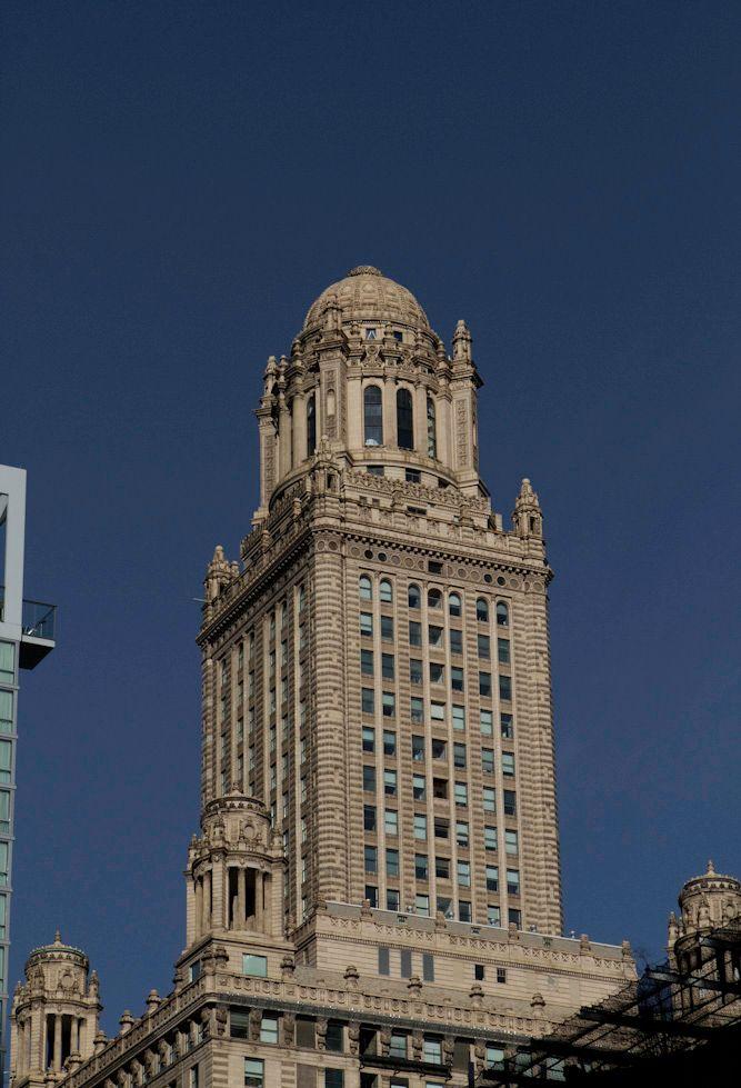 Tribune Tower Chicago.jpg