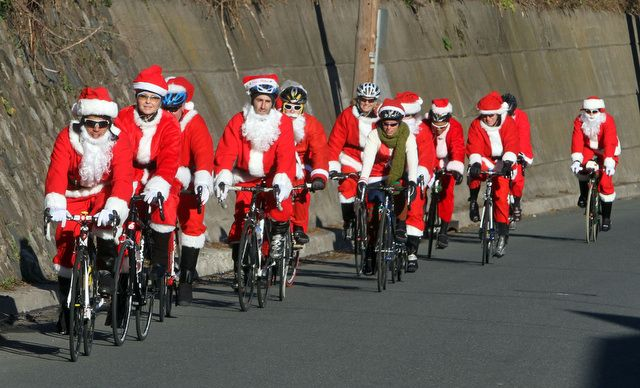 santas on bikes.jpg