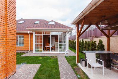 house-1317992_1280.jpg