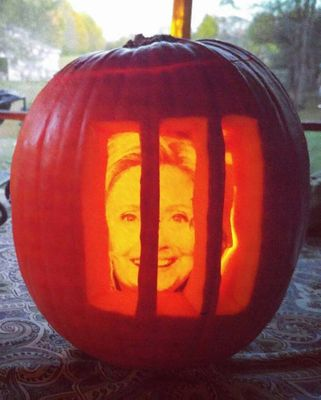 hillary halloween.jpg