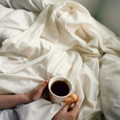coffee-in-bed-1094.jpg