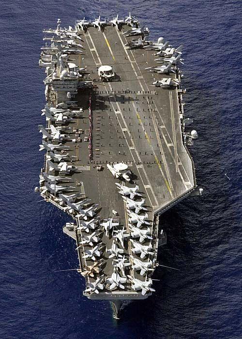 USS_Nimitz_(Nov._3,_2003) (1).jpg