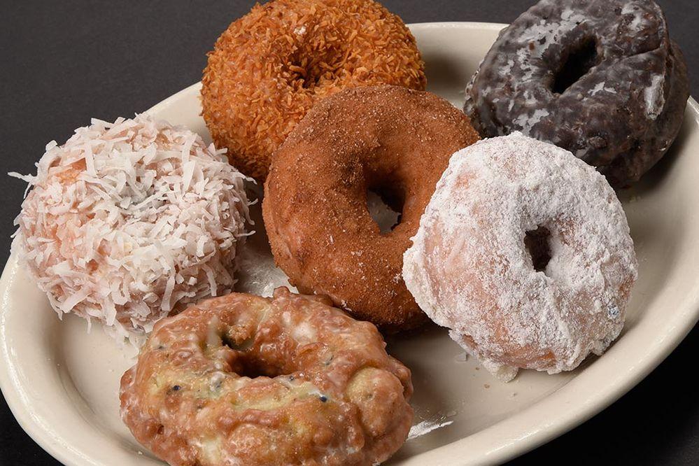 bkry-cake-donuts_WCX5007-1200.jpg