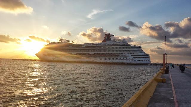 Carnival Cruise.jpg